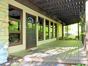 2247 Hillcrest Drive, Pocono Pines, PA 18350