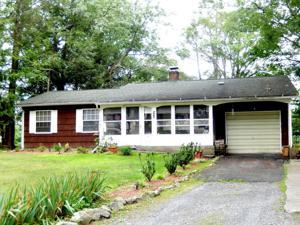 2528 Mcewan Blvd, East Stroudsburg, PA 18302