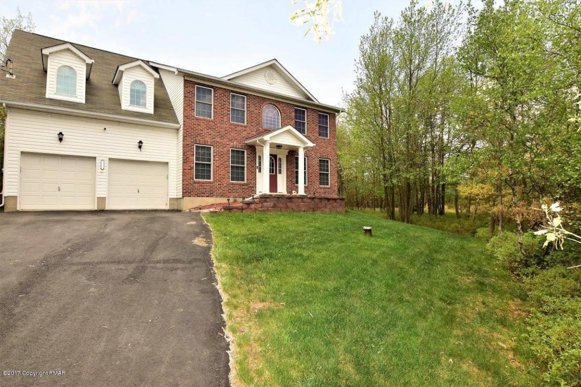 193 Ash Dr, Long Pond, PA 18334