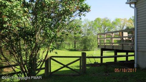 129 Meadow Dr, Effort, PA 18330