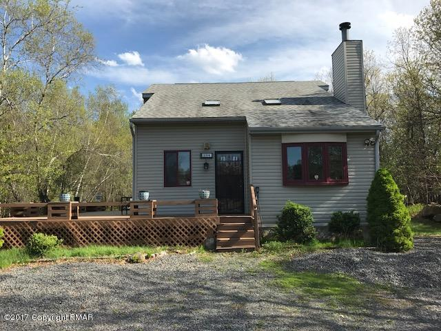 1204 Glade Dr, Long Pond, PA 18334
