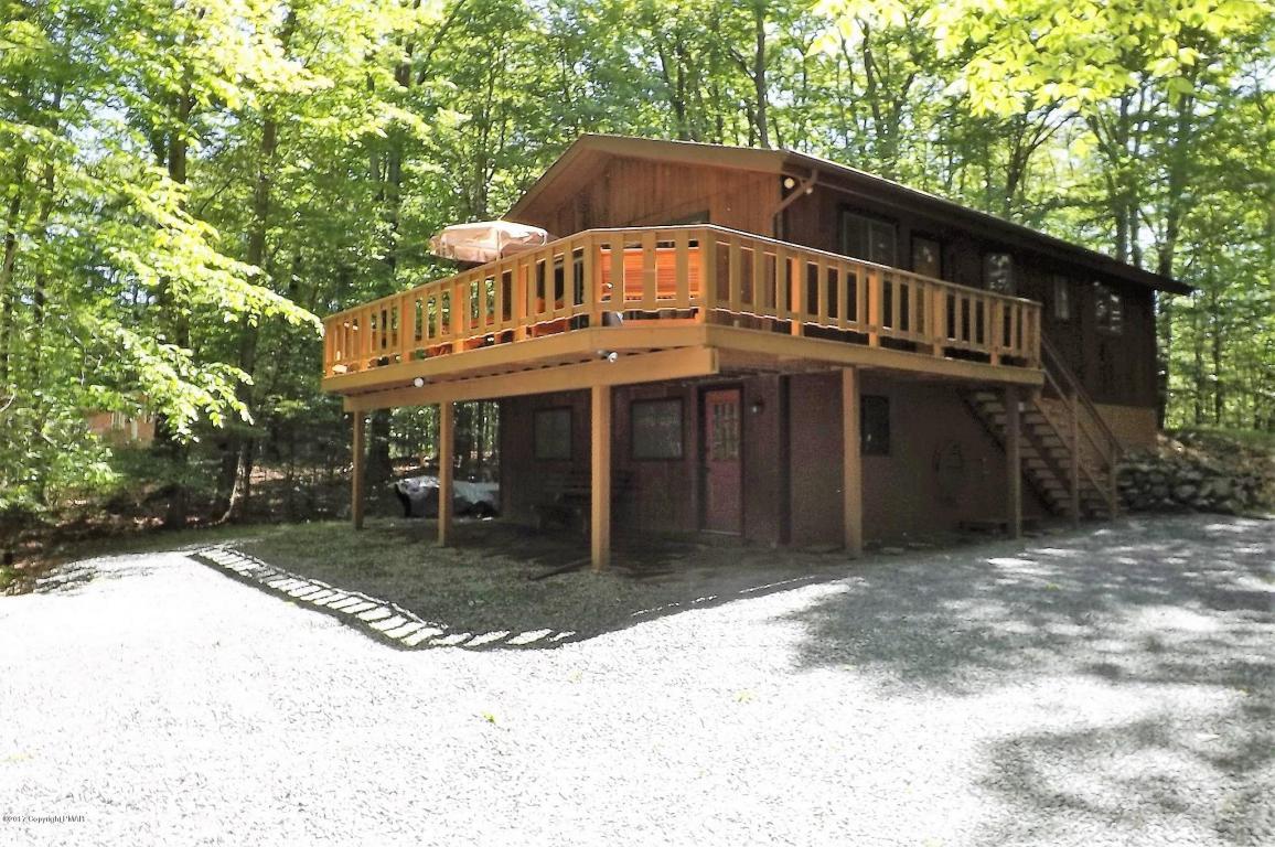 232 White Pine Dr, Pocono Lake, PA 18347
