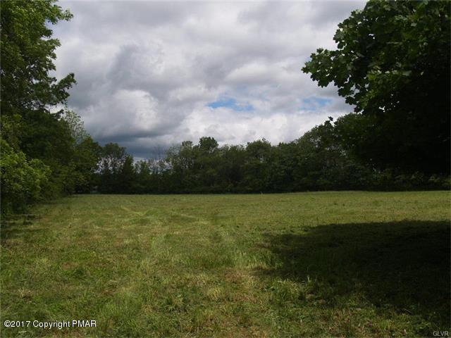 1123 Middletown Rd, Pen Argyl, PA 18072