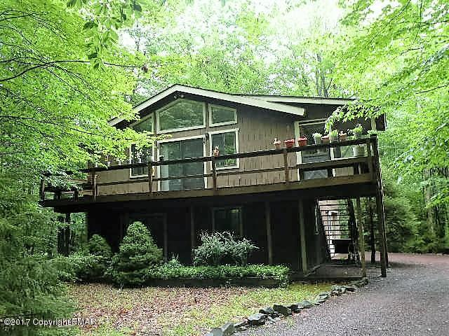 105 Beaver Run Road, Pocono Lake, PA 18347