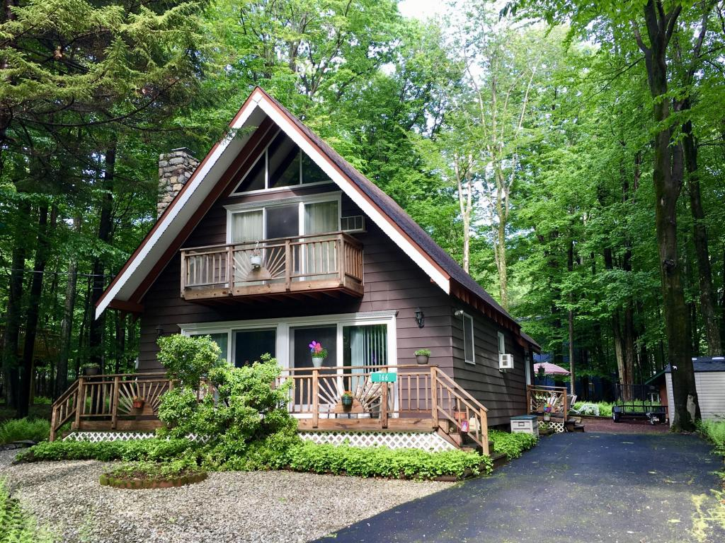 166 Beech Lane, Pocono Lake, PA 18347