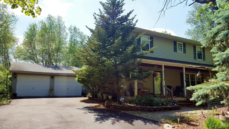 349 Cedar Dr, Long Pond, PA 18334