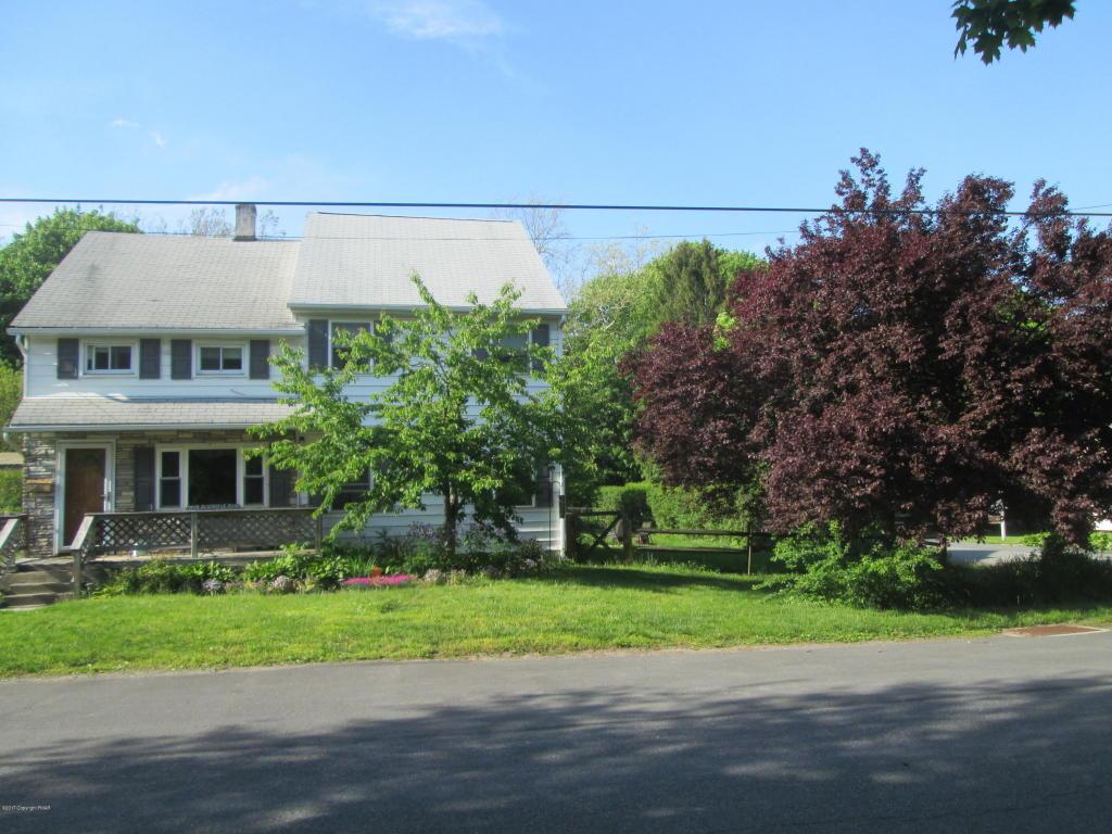 241 Pokona Avenue, Stroudsburg, PA 18360