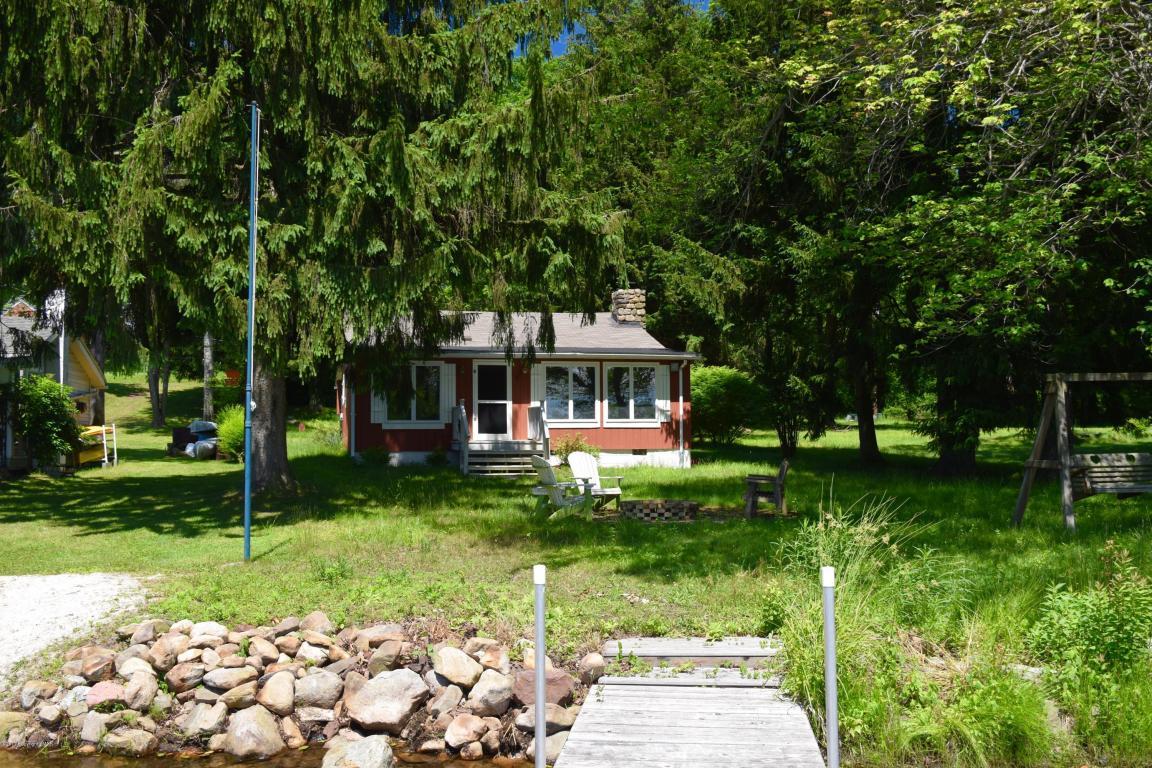 1481 Lakeview Dr, White Haven, PA 18661