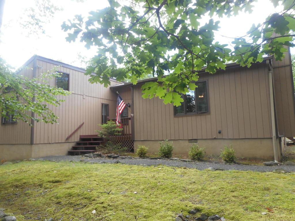 4103 Trillium Ter, East Stroudsburg, PA 18301