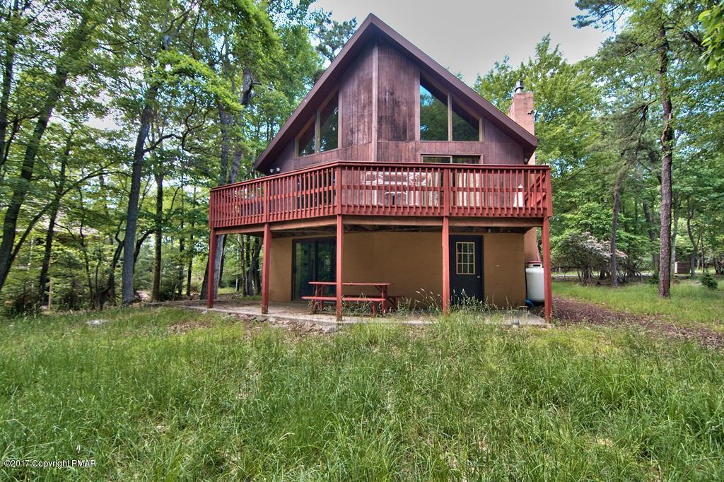 81 Pineknoll, Lake Harmony, PA 18624