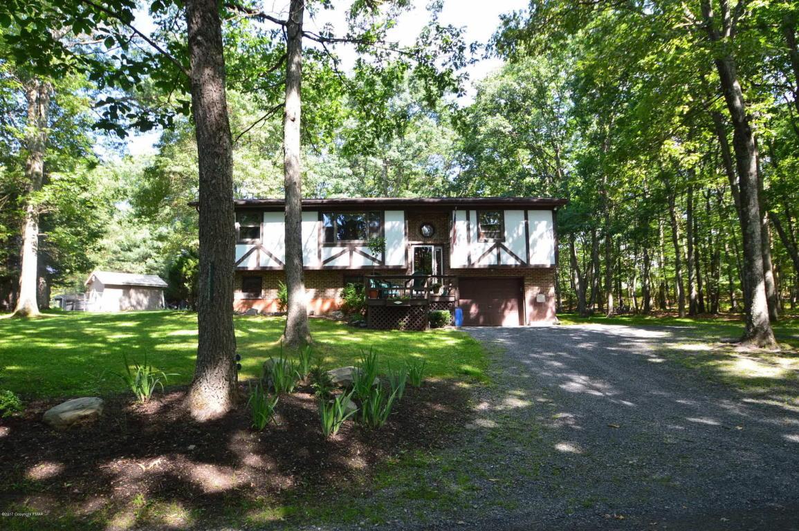 6038 Little Bear Ln, East Stroudsburg, PA 18302