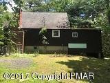 104 Swan Dr, Dingmans Ferry, PA 18328