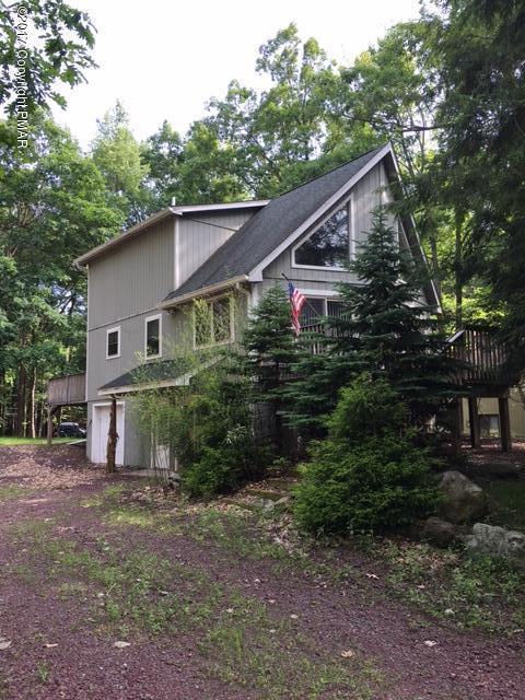 492 Moseywood Rd, Lake Harmony, PA 18624