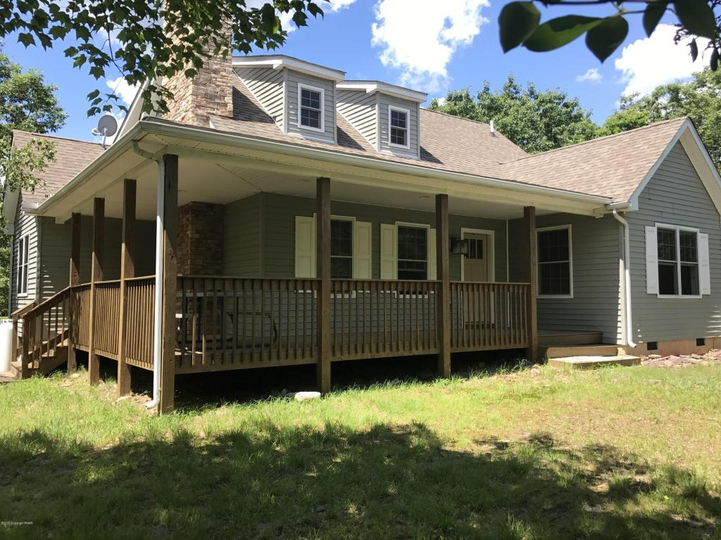 175 Lookout Dr, Albrightsville, PA 18210