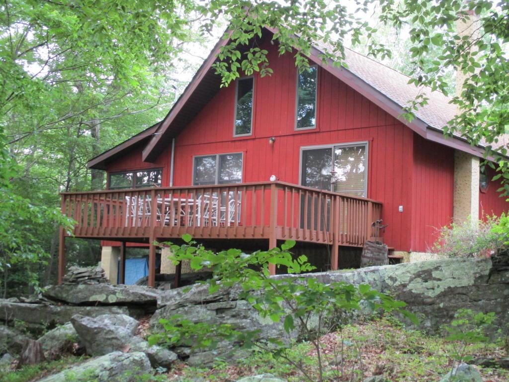 144 Oak Ln, East Stroudsburg, PA 18302