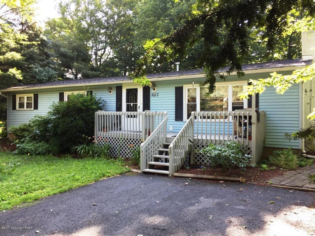 3127 Essex Rd, Tobyhanna, PA 18466