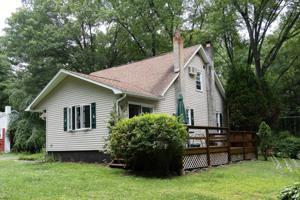 309 Abbey Rd, Stroudsburg, PA 18360
