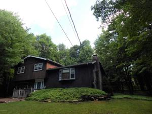 149 Maple Rd, Blakeslee, PA 18610