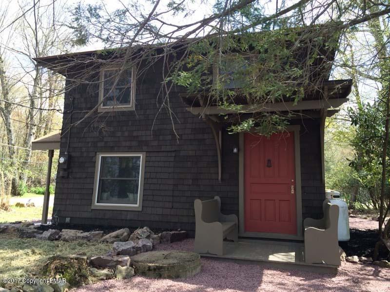 14 Spring St, Lake Harmony, PA 18624