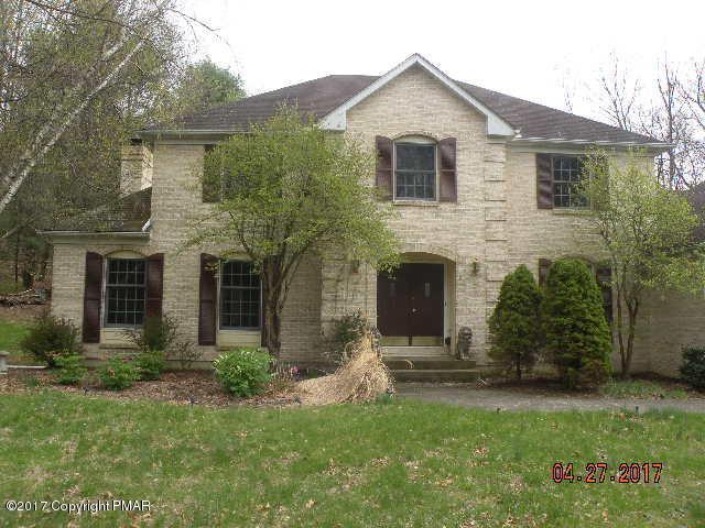 5 Pleasant Ridge Rd, East Stroudsburg, PA 18302
