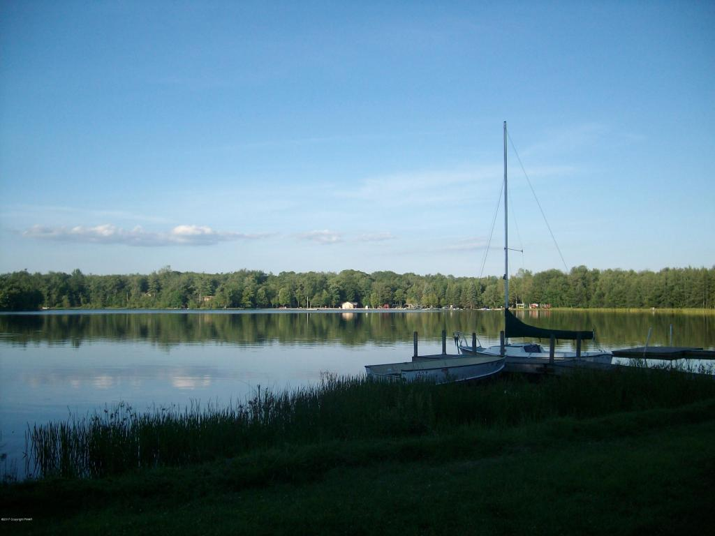 Lot 704 Hillside Ter, Pocono Lake, PA 18347