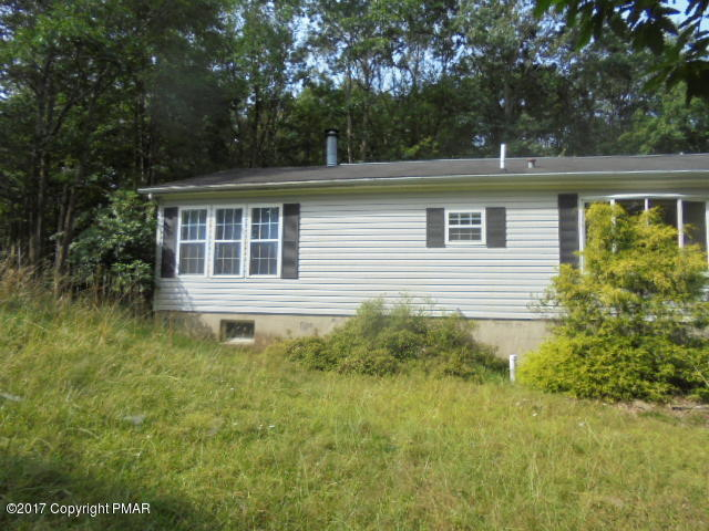 116 Sycamore Ln, Long Pond, PA 18334