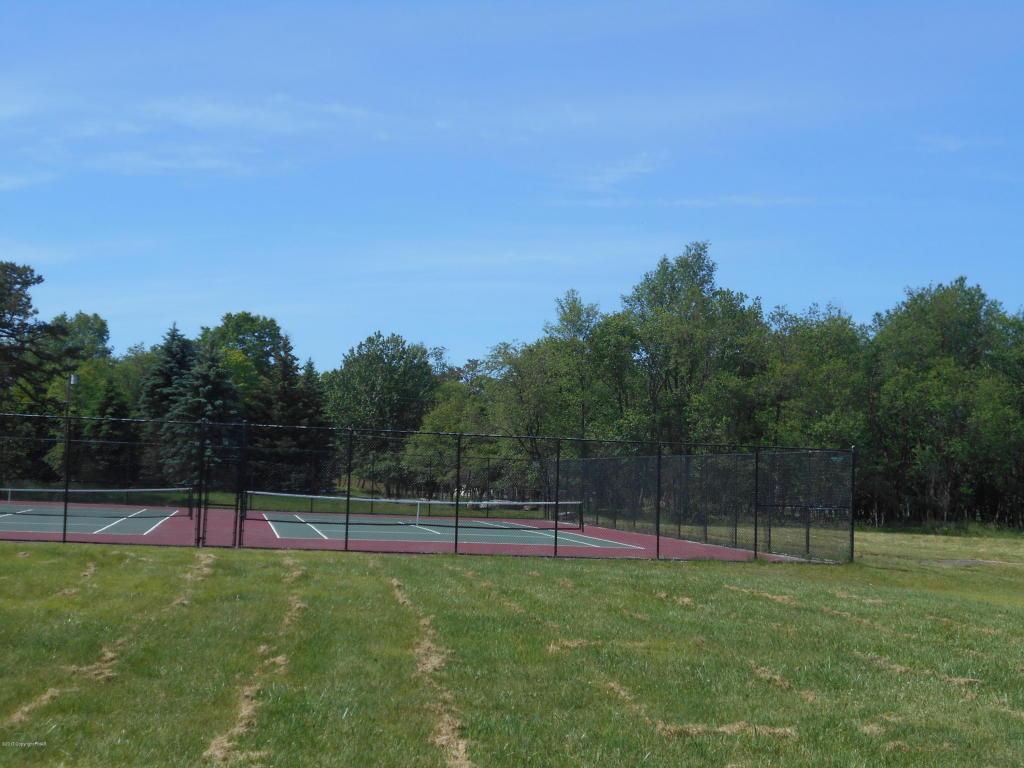 303 Petrarch Trail, Albrightsville, PA 18210