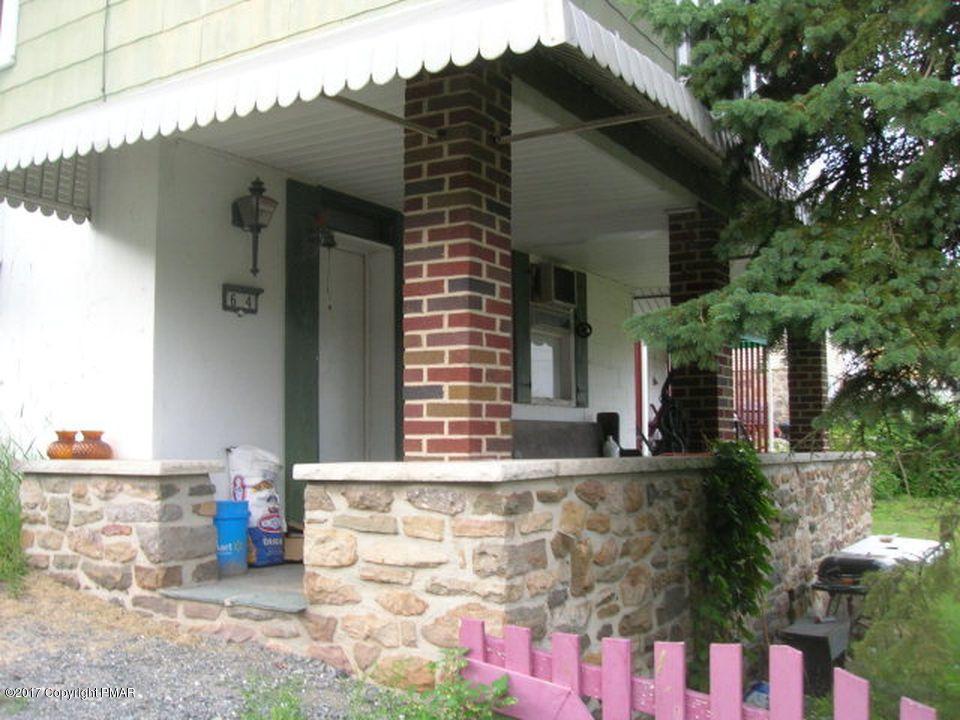 64 W Garibaldi Ave, Nesquehoning, PA 18240
