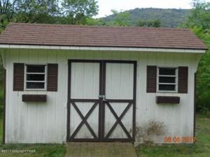 2915 Little Gap Rd, Palmerton, PA 18071
