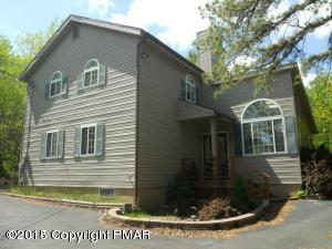 155 Tumbleweed Dr, Long Pond, PA 18334