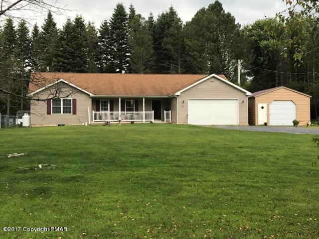 381 Pine Hollow Dr, Lehighton, PA 18235
