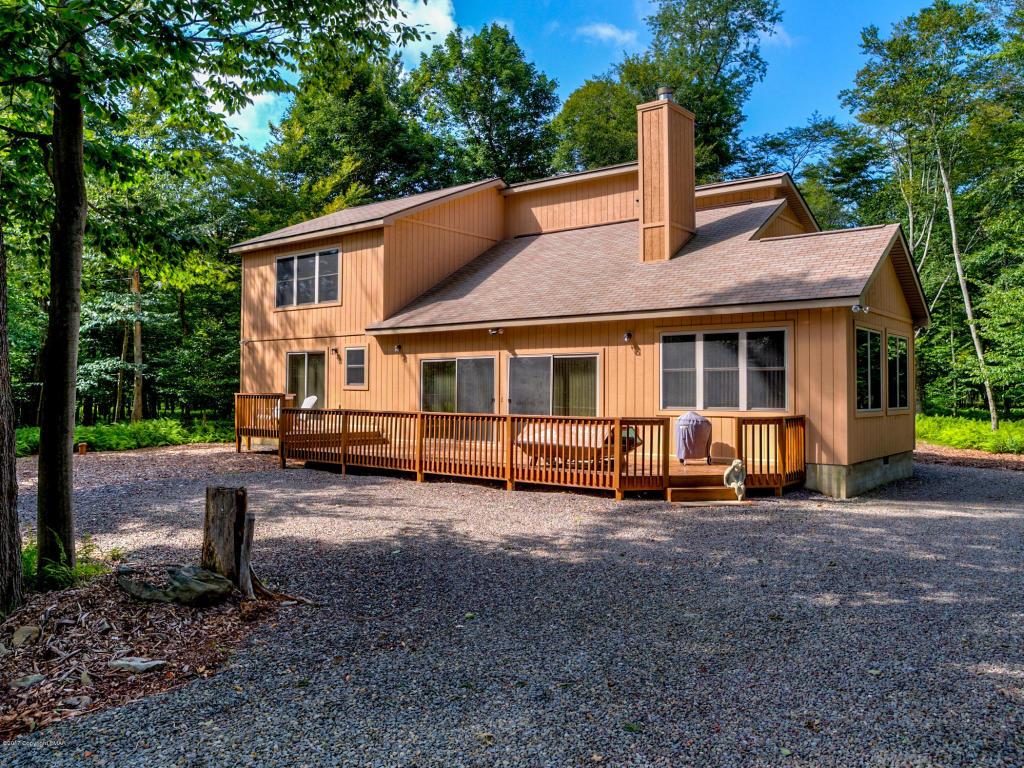 109 Eagles View Drive, Gouldsboro, PA 18424