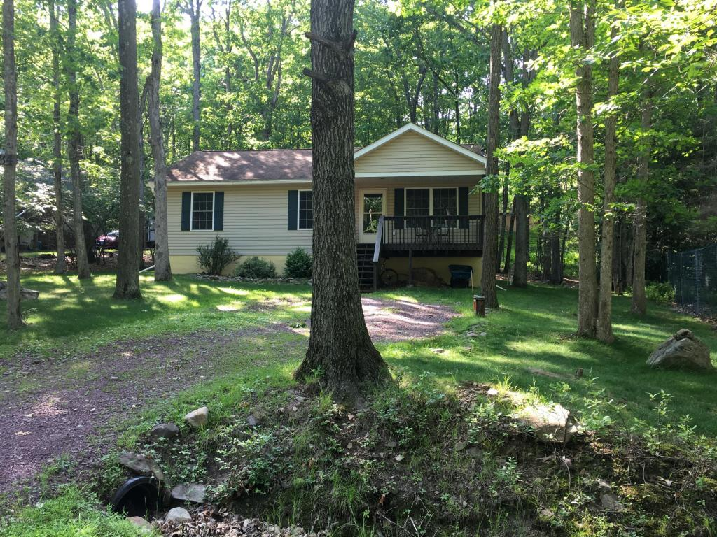 34 Vacation Dr, White Haven, PA 18661