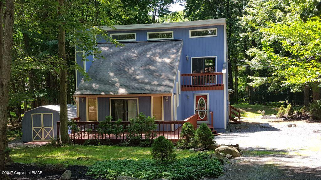 169 Ridge Rd, Pocono Lake, PA 18347
