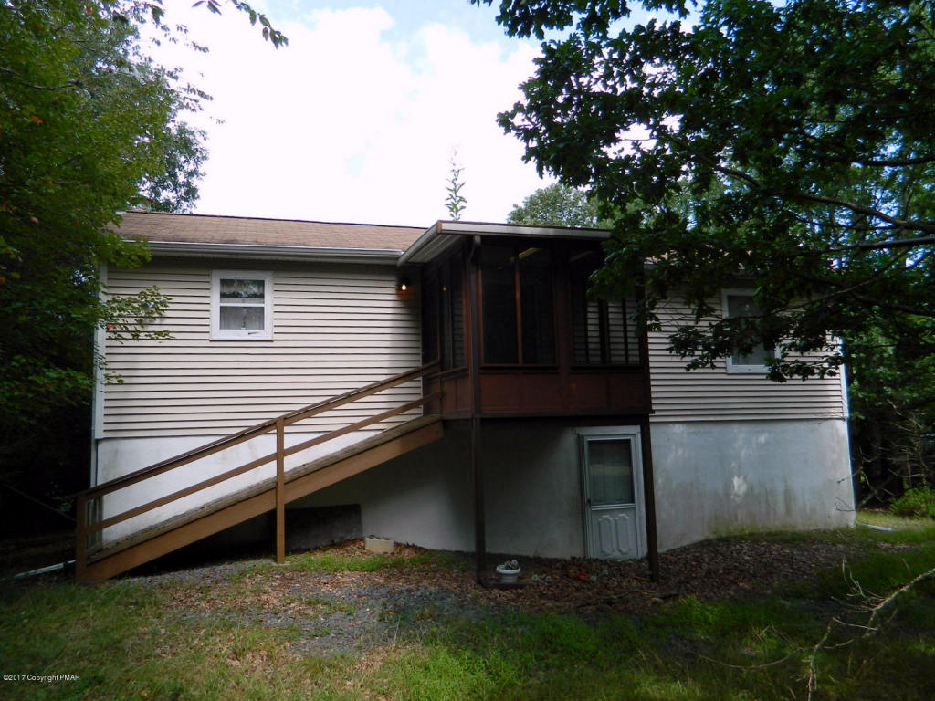 410 Mountain Rd, Albrightsville, PA 18210