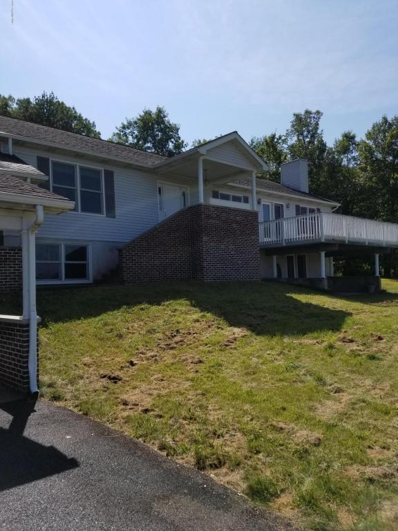 5144 Dal Dr, Brodheadsville, PA 18322