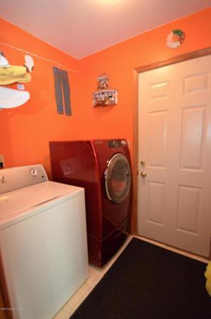 100 Sunnyside Ct, Saylorsburg, PA 18353