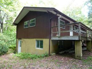 205 Longview Lane, Pocono Pines, PA 18350