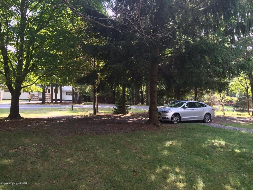 43 Fox Hill Rd, Albrightsville, PA 18210