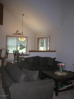 227 Kilmer Trl, Albrightsville, PA 18210