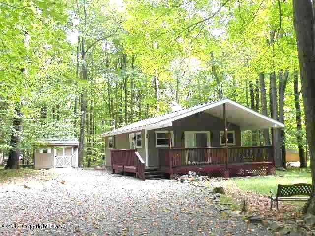 108 Cardinal Lane, Pocono Lake, PA 18347