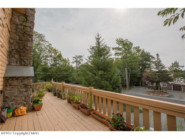 6050 Boardwalk Drive, Tobyhanna, PA 18466