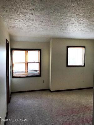 334 Northslope Ii Rd, East Stroudsburg, PA 18302