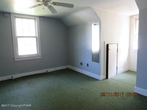 4484 S Delaware Dr, Easton, PA 18040
