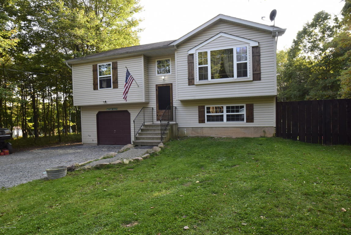 172 Tapuco Dr, Albrightsville, PA 18210