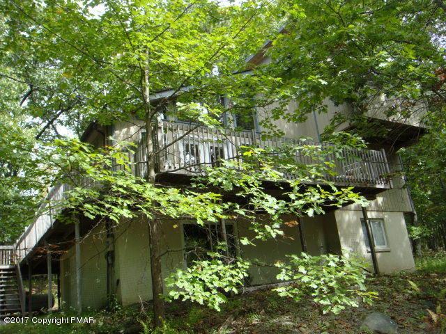 251 Dorchester Drive, Bushkill, PA 18324