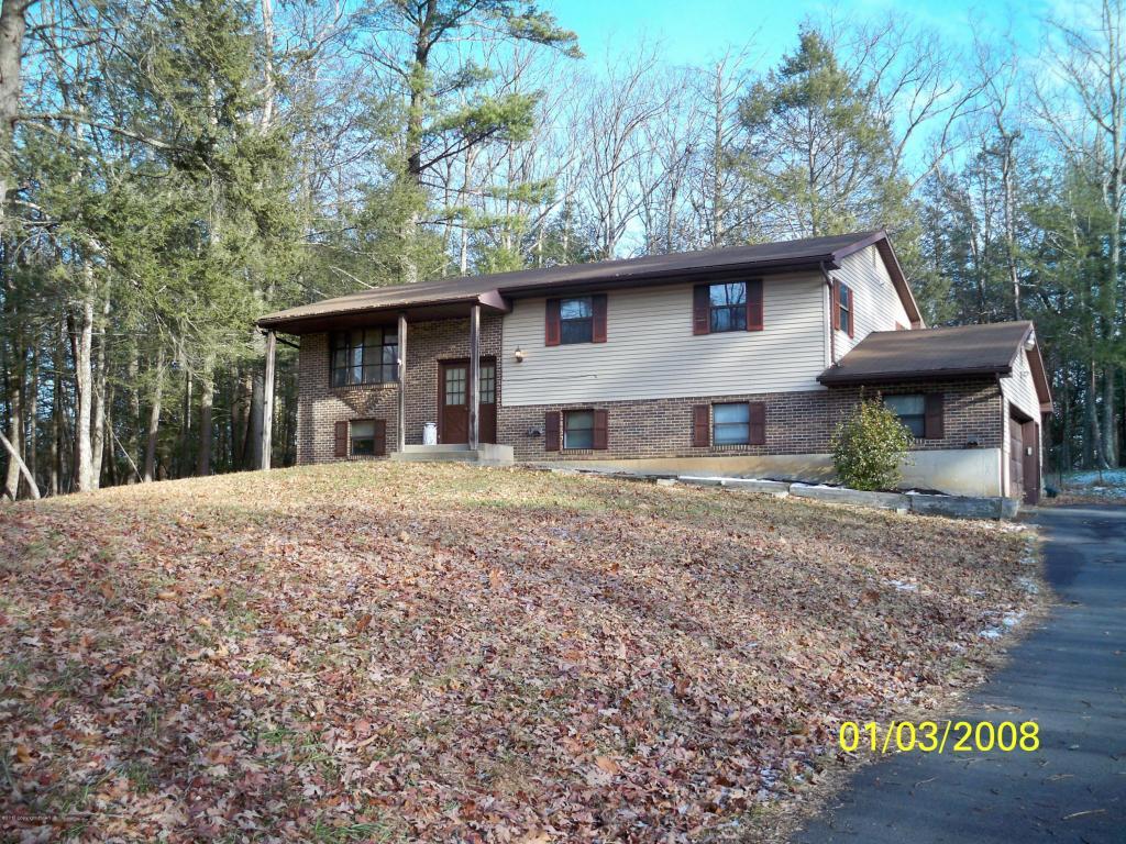 5051 High Terrace Rd, Stroudsburg, PA 18360