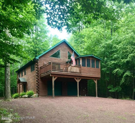 1259 Redwood Ter, Pocono Pines, PA 18350