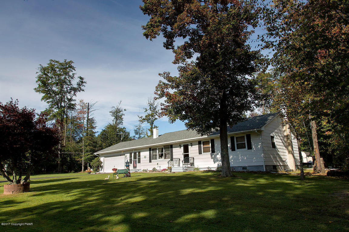 803 Spring Hill Rd, Sterling, PA 18463