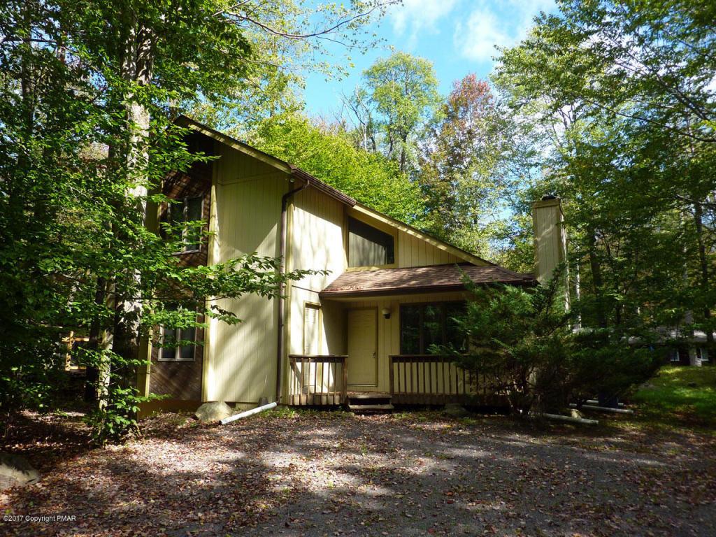 1134 Manor Hill Road, Pocono Pines, PA 18350